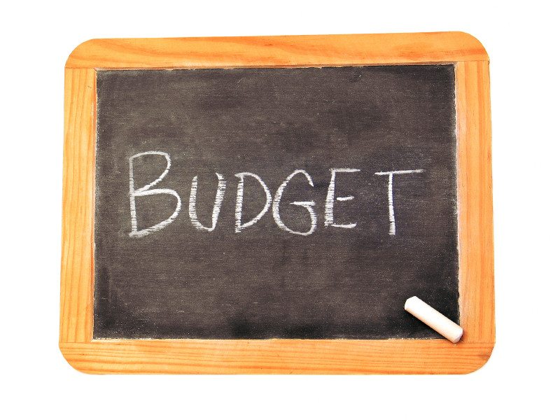 Help Your College Students Manage Their Budget